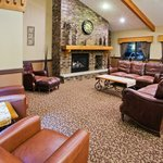 Photo de AmericInn Lodge & Suites Aberdeen — Event Center