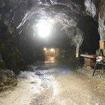 Underground big and long chamber