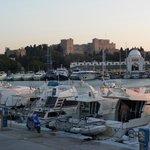 Widok na Rodos z portu