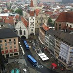 View of old Rathaus and Marienplatz