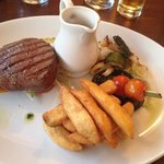 Fillet of beef with peppercorn sauce