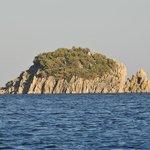 Остров в Бухте Ичмелер по дороге в Мармарис