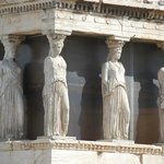 Caryatids w/ screen to make them stand out more.