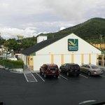 Quality Inn 1430 Tunnel Road Asheville, NC