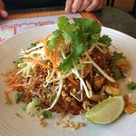 The Noodle Bowl: Chicken Pad Thai