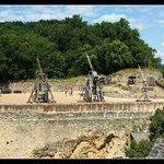 Les catapultes du Château de Castelnau