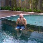 5 min dip in a freezing pool