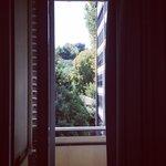 Hotel nologo ( window)