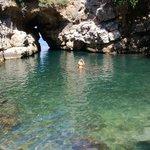 Grotta della Regina Giovanna e accesso al mare aperto