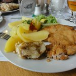 Delicious schnitzel with potatoes
