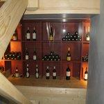 vue sur cave à vin dans nos escalies