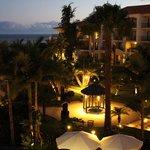 Abendlicher Blick aus dem Hotelzimmer