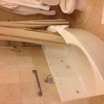large shower/jacuzzi tub
