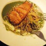 Test menu salmon salad