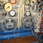 U-995, command center