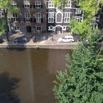 Prestige Suite (Canal View)