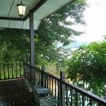 Balcony(Lakeview being block by tree)