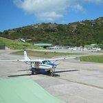 Commuter plane between SB and St Maarten