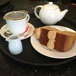 Loose Tea, Coffee Cake