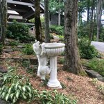 The Inn at Crestwood - Fun sculpture in front of the inn