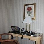 Desk #6137