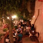 Che bello mangiare in terrazza da Assamanù