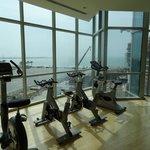 Une petite partie de la salle de fitness