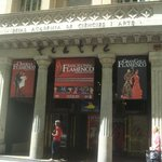 Fachada do Teatro