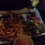 Poulet sauce chien et frite