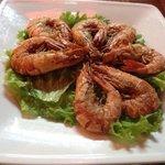 Fried shrimps with salt