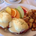 Eggs Benedict made to order