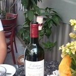 clever wine cork presentation