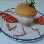 soupiere de homard Breton,aux petits legumes sauce sauternes