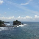 Tanah lot wide view