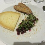 Desert: Berkswell cheese with pickled beetroot, rocket and hazelnut