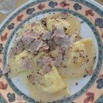 Mezzelune con pecorino pere al tartufo