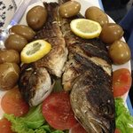 pescado grillado