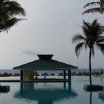 Pool view onto the beach