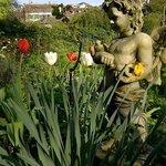 Der Engel im Garten der Villa Lindenegg