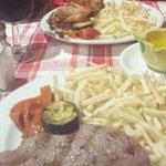2o platos: bistec y conejo.  Y alioli hecho a mano. No me dio tiempo hscer foto de los 1eros, es