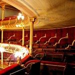 Seating (106512853)