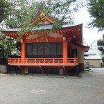 in the grounds of Hanazono-jinja