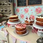 The display of cakes