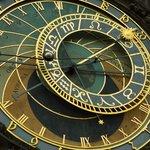 Знаменитые часы на Вацлавской площади