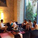 Cava predrink in the lobby