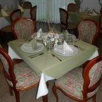 Disfrute de la gastronomía Nacional e Internacional en nuestro Restaurante