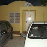 Chambre A 104 sur le parking