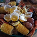 Ocean Steamer. Snowcrab, gulf shrimp, muscles, oysters, corn and potatoes for 6.