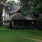 Lovely inn in the woods