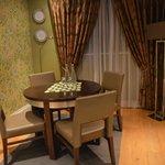 townhouse suite dining area